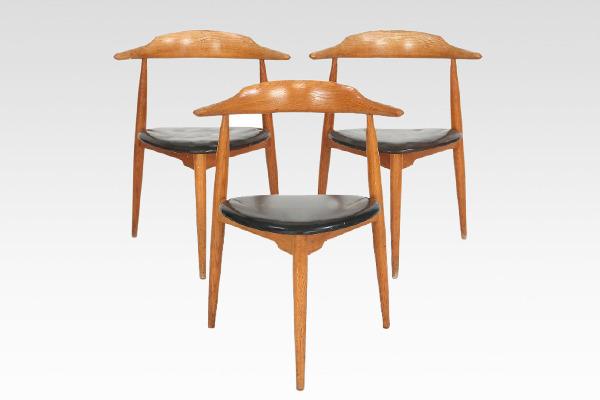 Hans J. Wegner  Heart chair. FH 4104  Fritz Hansen (4).jpg