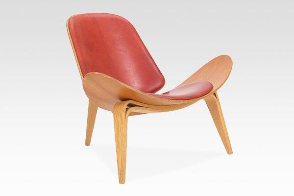 Hans J. Wegner  Lounge chair .CH-07 Anniversary edition  Carl Hansen & Son (1).jpg