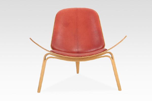 Hans J. Wegner  Lounge chair .CH-07 Anniversary edition  Carl Hansen & Son (2).jpg
