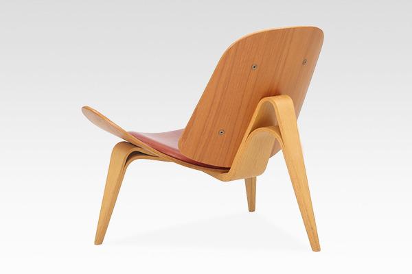 Hans J. Wegner  Lounge chair .CH-07 Anniversary edition  Carl Hansen & Son (3).jpg