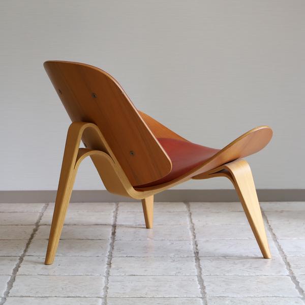 Hans J. Wegner  Lounge chair .CH-07 Anniversary edition  Carl Hansen & Son (6).jpg