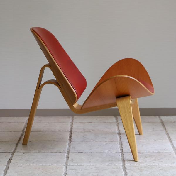 Hans J. Wegner  Lounge chair .CH-07 Anniversary edition  Carl Hansen & Son (7).jpg