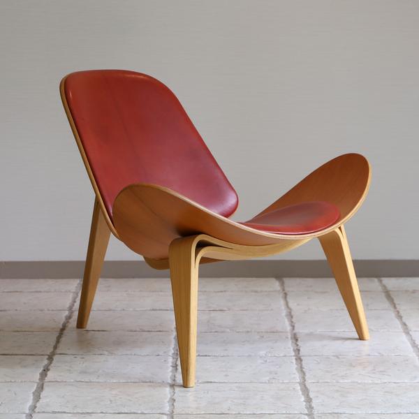 Hans J. Wegner  Lounge chair .CH-07 Anniversary edition  Carl Hansen & Son (8).jpg