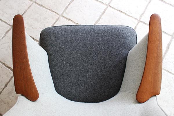 Hans J. Wegner  Mama bear chair. AP-27  AP Stolen (3).jpg