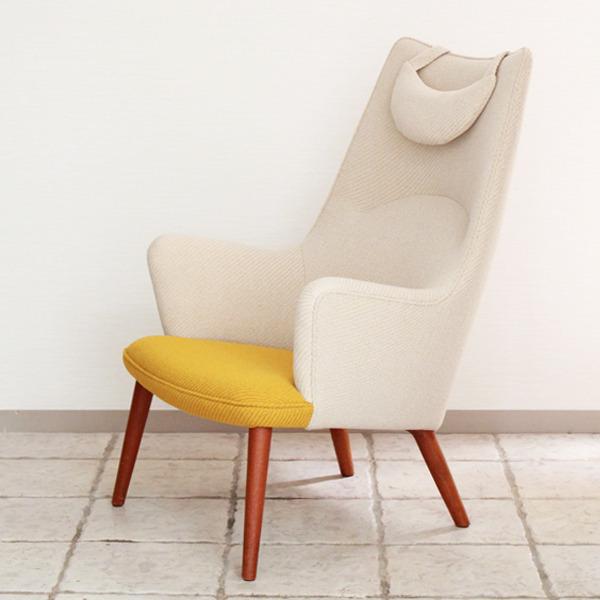 Hans J. Wegner  Mama bear chair. AP-27 teak  AP Stolen-02.jpg
