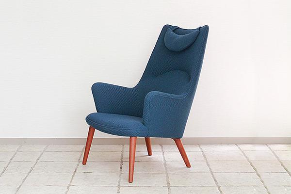 Hans J. Wegner  Mama bear chair. AP-27 teak  AP Stolen (1).jpg