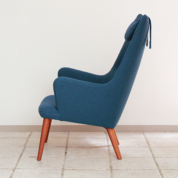 Hans J. Wegner  Mama bear chair. AP-27 teak  AP Stolen (3).jpg