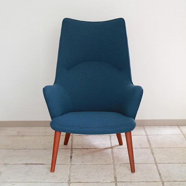 Hans J. Wegner  Mama bear chair. AP-27 teak  AP Stolen (5).jpg