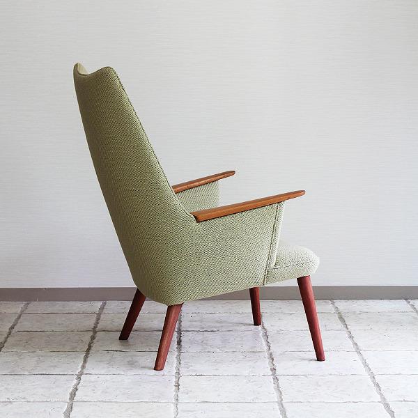 Hans J. Wegner  Mama bear chair. AP-27 teak  AP Stolen (8).jpg