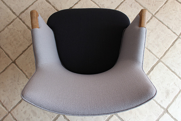 Hans J. Wegner  Mini bear chair. AP-20  AP-stolen (2).jpg