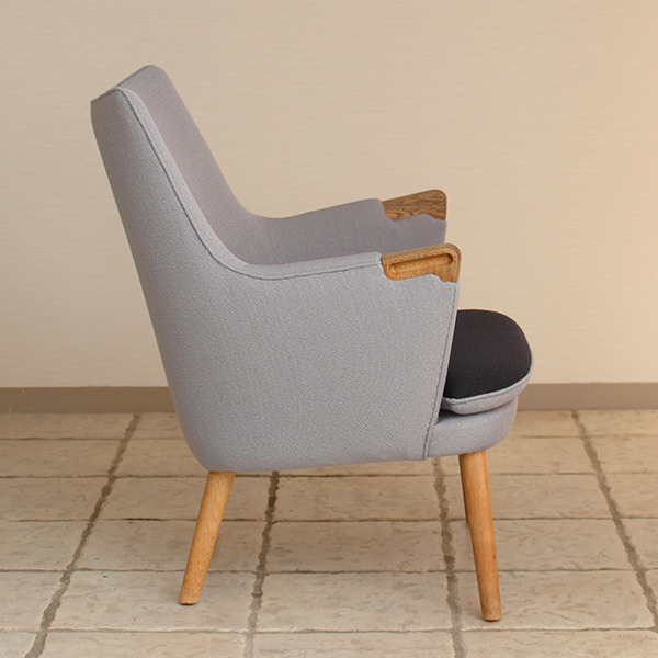 Hans J. Wegner  Mini bear chair. AP-20  AP-stolen (5).jpg
