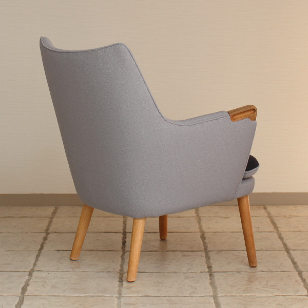 Hans J. Wegner  Mini bear chair. AP-20  AP-stolen (6).jpg