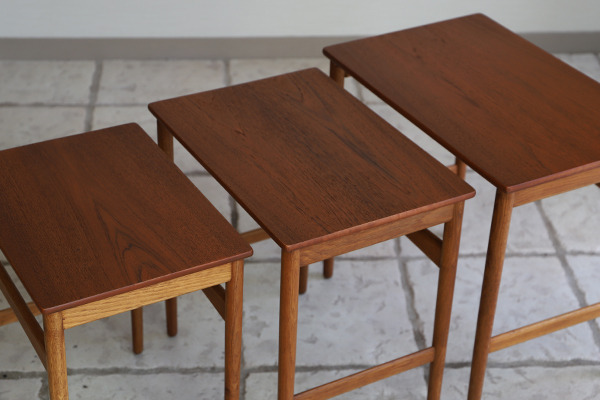 Hans J. Wegner  Nesting Tables. AT-40 Andreas Tuck (5).jpg