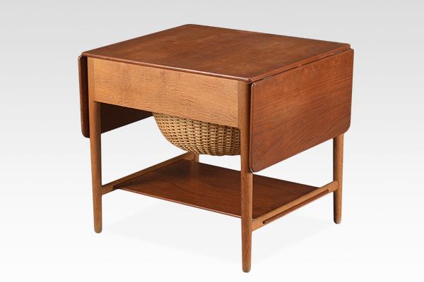 Hans J. Wegner  Sewing table. AT33  Andreas Tuck (2).jpg