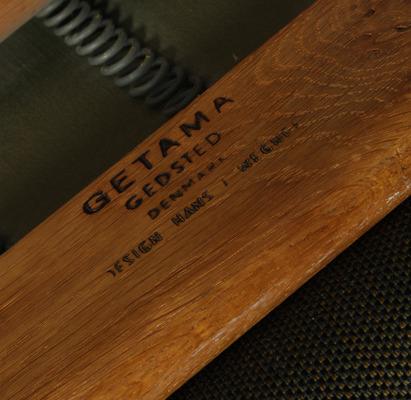 Hans J. Wegner  Sofa GE-240   GETAMA (3).jpg