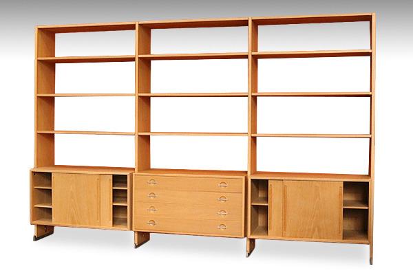 Hans J. Wegner  System board RY100  RY Møbler-02.jpg