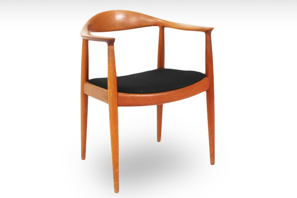 Hans J. Wegner  The chair. JH-503  Johannes Hansen-01.jpg