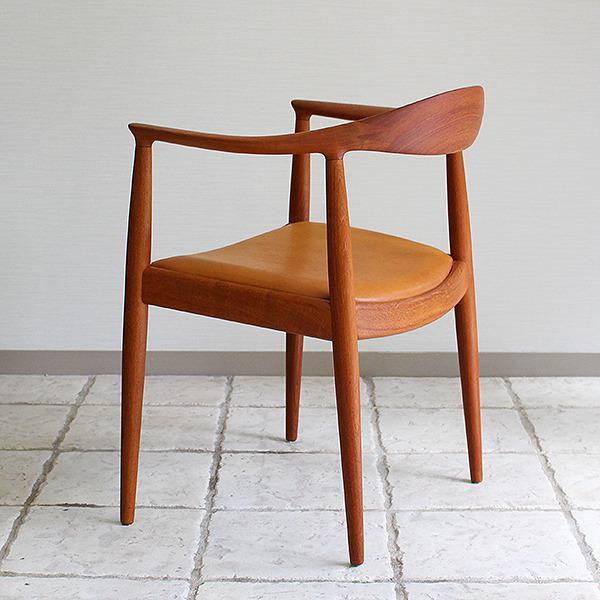 Hans J. Wegner  The chair. JH-503  Johannes Hansen (18).jpg