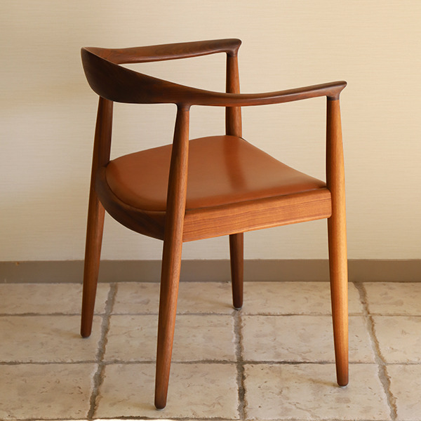 Hans J. Wegner  The chair. PP-503  PP mobler (6).jpg