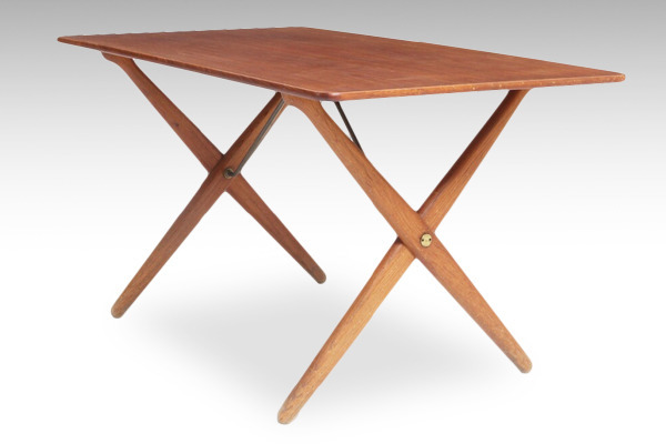 Hans J. Wegner  X-leg Coffee table. AT308  Andreas Tuck.jpg