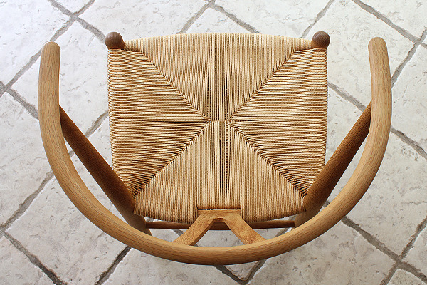Hans J. Wegner  Y-chair  Carl Hansen & son oak (9).jpg