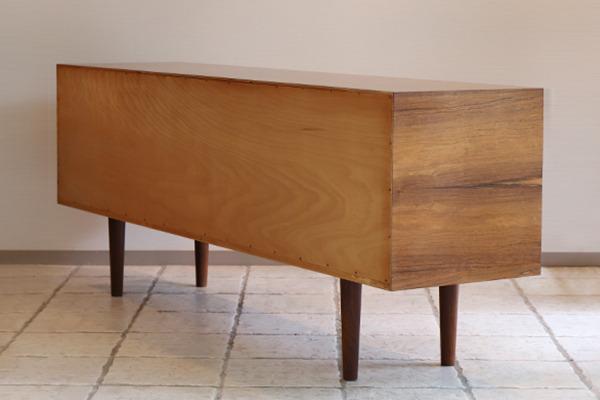 Hans J Wegner  Sideboard. RY25  Ry Mobler (6).jpg