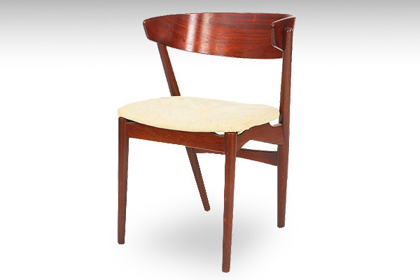Helge-Sibast--Set-of-six-dining-chairs-Model-7--Sibast-Møbler-02.jpg