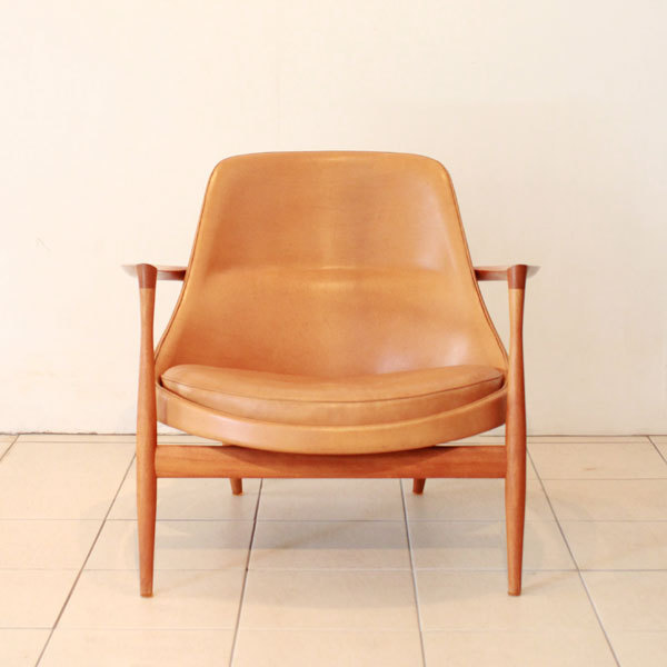 Ib-kofod-Larsen--Elisabeth-chair-04.jpg
