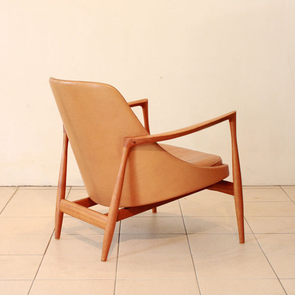 Ib-kofod-Larsen--Elisabeth-chair-05.jpg