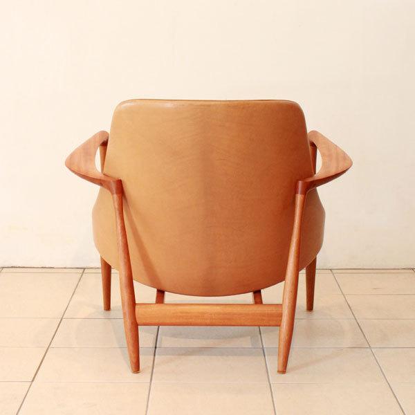 Ib-kofod-Larsen--Elisabeth-chair-06.jpg