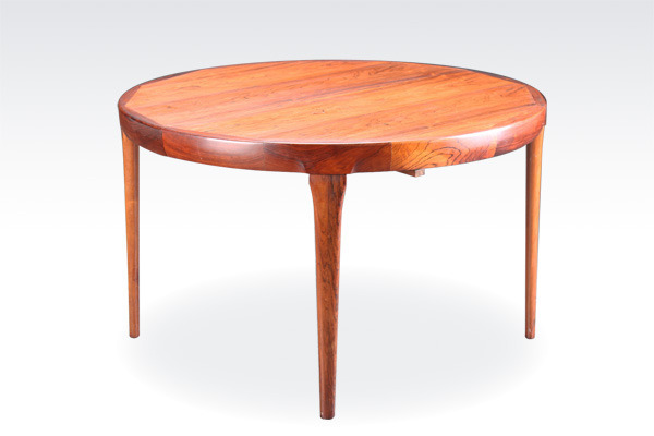 Ib-koford-larsen--Dining-table-01(修正後).jpg