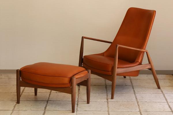 Ib Kofod Larsen  High back easy chair. Seal chair  Brdr. Petersen (8).jpg