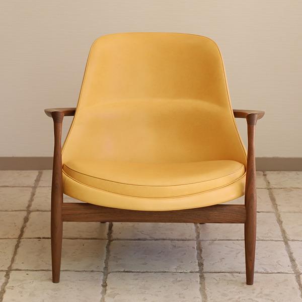 Ib kofod-Larsen  Elisabeth chair  Brdr. Petersen (3).jpg