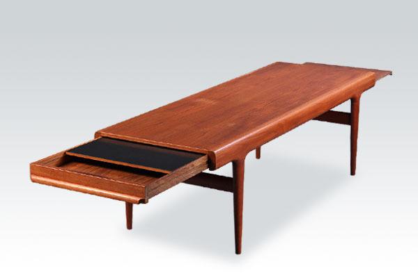 Johanes-andersen-center-table-01.jpg
