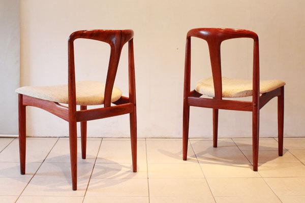Johannes-Andersen-Dining-chairs-01.jpg