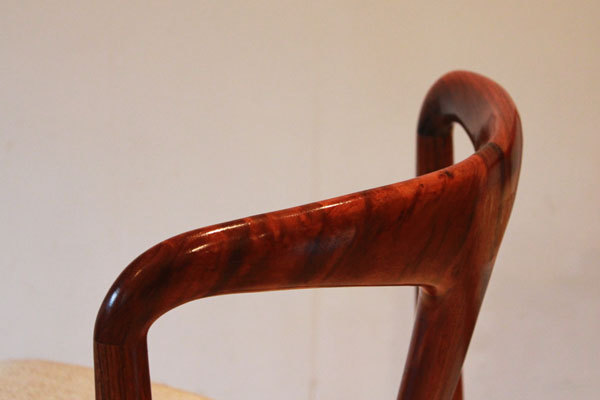 Johannes-Andersen-Dining-chairs-05.jpg