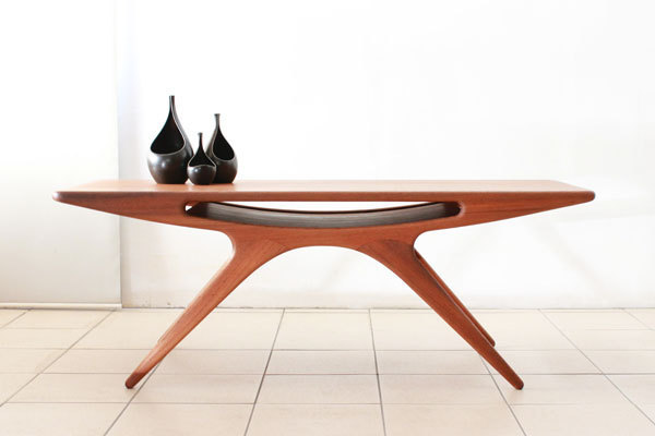 Johannes-Andersen-UFO-table-01.jpg