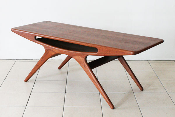Johannes-Andersen-UFO-table-04.jpg