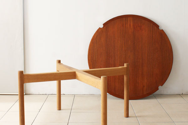 Johannes-Hansen-Coffee-table-05.jpg
