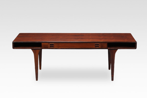 Johannes Andersen  Coffee table.model 286 rosewood  CFC Silkeborg (16).jpg