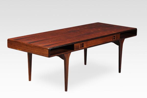 Johannes Andersen  Coffee table.model 286 rosewood  CFC Silkeborg (17).jpg