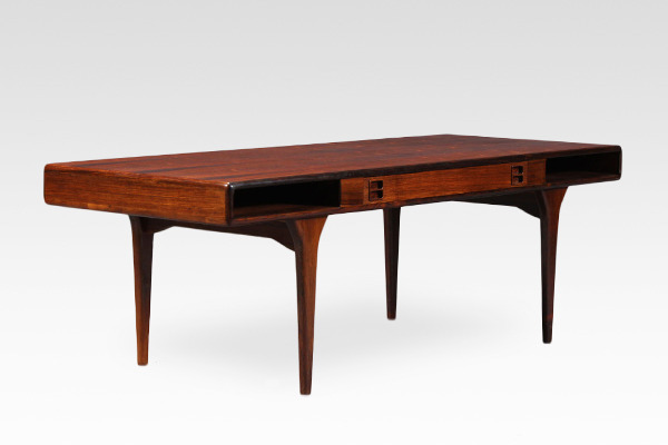 Johannes Andersen  Coffee table.model 286 rosewood  CFC Silkeborg (19).jpg