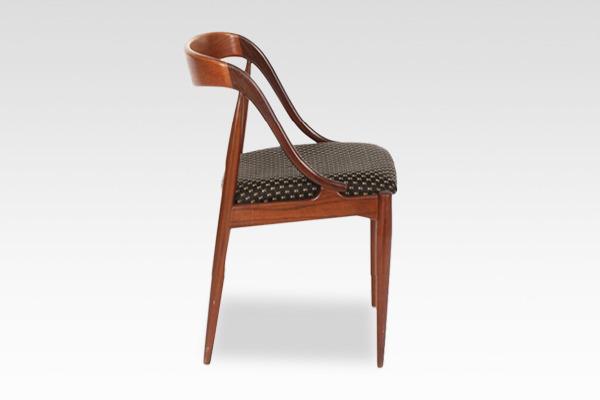 Johannes Andersen  dining chair teak  Uldum Møbler (4).jpg
