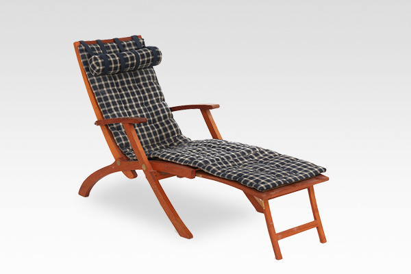 Kaare Klint  Deck chair Model 4699  Rud. Rasmussen.jpg