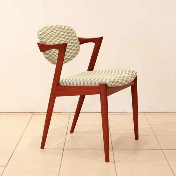 Kai-Kristiansen-No.42-chair-02.jpg