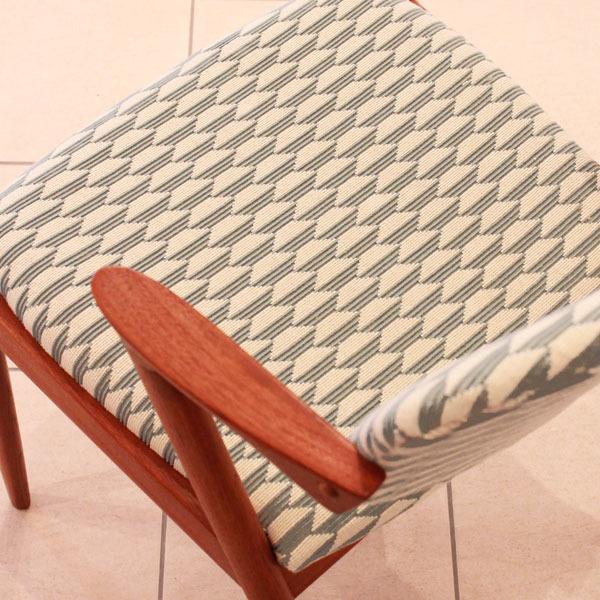 Kai-Kristiansen-No.42-chair-04.jpg