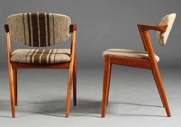 Kai-Kristiansen.-Fire-stole-model-42---teaktræ-02.jpg