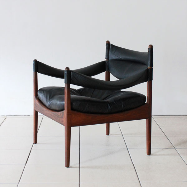 Kristian-Solmer-Vedel-side-chair-04.jpg