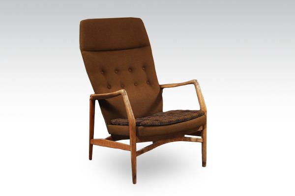 Kurt-Olsen--High-back-easy-chair.---Andersen-&-Bohm-01.jpg