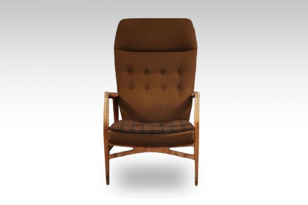 Kurt-Olsen--High-back-easy-chair.---Andersen-&-Bohm-02.jpg